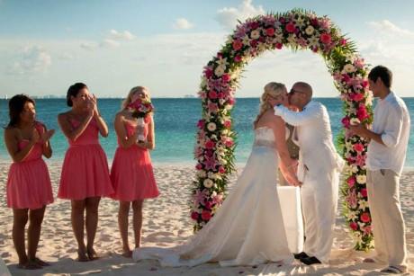 isla-mujeres-wedding-header-5-2